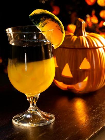 original_andrea-correale-halloween-cocktails-black-magic_v-jpg-rend-hgtvcom-966-1288