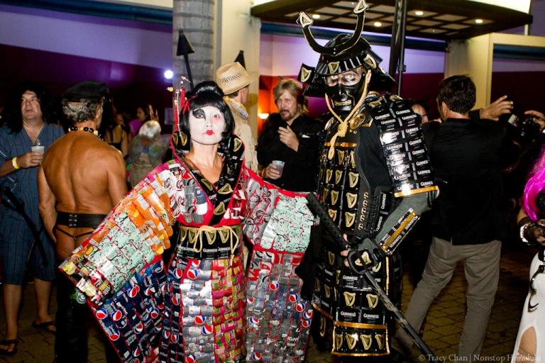 crazy-sexy-ghoul-aluminum-can-geisha-and-samurai-2